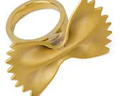 Obscurious Farfalle Ring