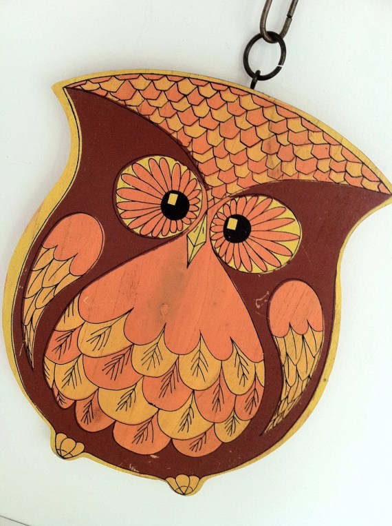 Fabulous kitschy yellow orange wooden owl wall hanging - jtjujubees