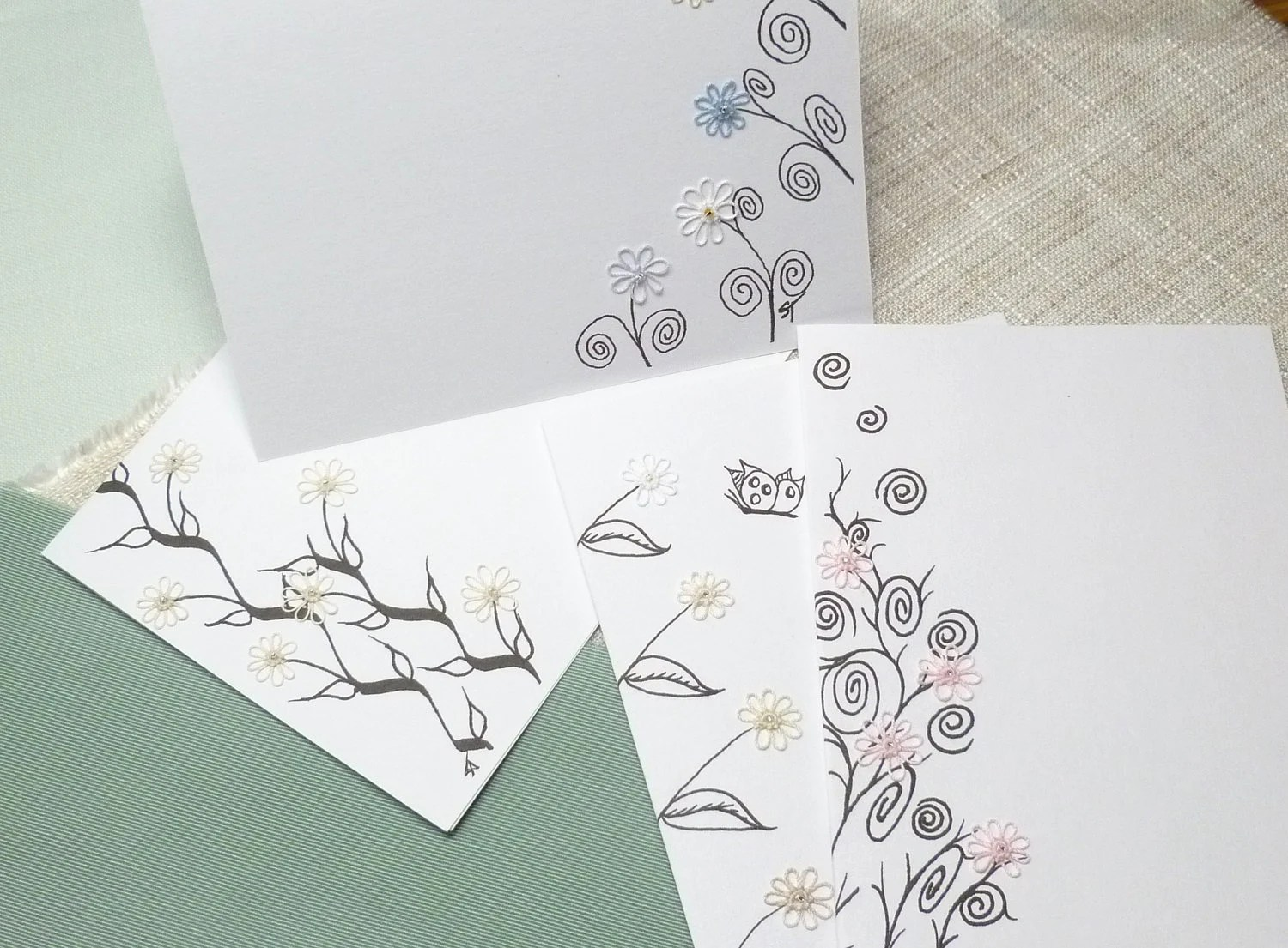 SALE Handmade Note card blank Stationery with tiny Tatted Flowers and beads -Teeny Tats -011