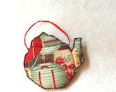 FRIDGE MAGNET, Quilted Teapot, Home Decoration, Red Green - BozenaWojtaszek