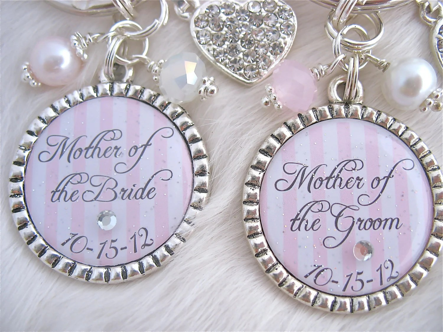 MOTHER of the BRIDE Gift Mother of the Groom Wedding date pendant necklace or Keychain Beach jewelry Bottle cap Mother Godmother, Wedding