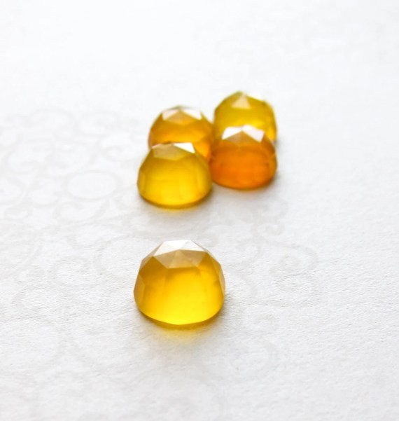 Yellow Chalcedony faceted cabochon - 8mm (2 pieces). LIMITED EDITION - lilpengeeGems