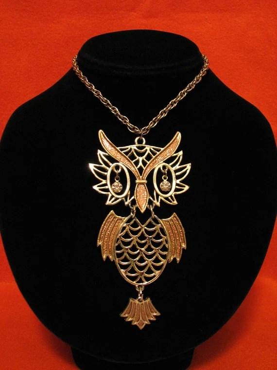 HUGE Vintage Gold Tone and Brown Enameled Owl Medallion Necklace - ditbge