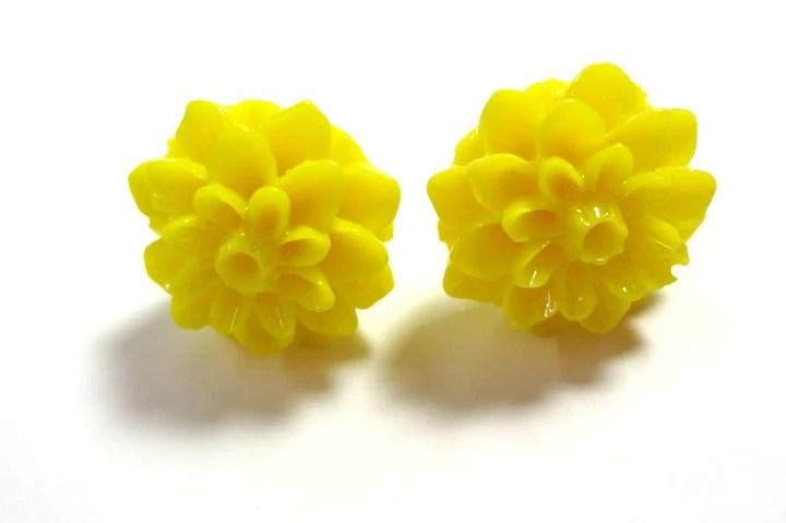 Bright Yellow Chrysanthemum Post Earrings - Glamour365