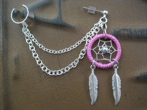 Dream Catcher Ear Cuff Chain Cartilage Earring- Pink Feather Dreamcatcher Charm Stud Earcuff Piercing