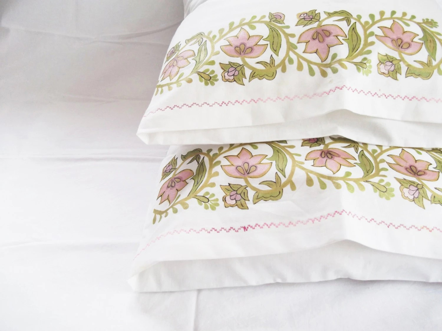 A Beautiful Day For Sleep - Hand Painting Spring Green Linen Pillow Case - Set Of 2 - Floral SpringTime Pattern - dmtgun3