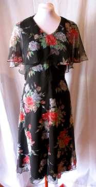 Vintage 70s does 30s Flutter Sleeved Dress L