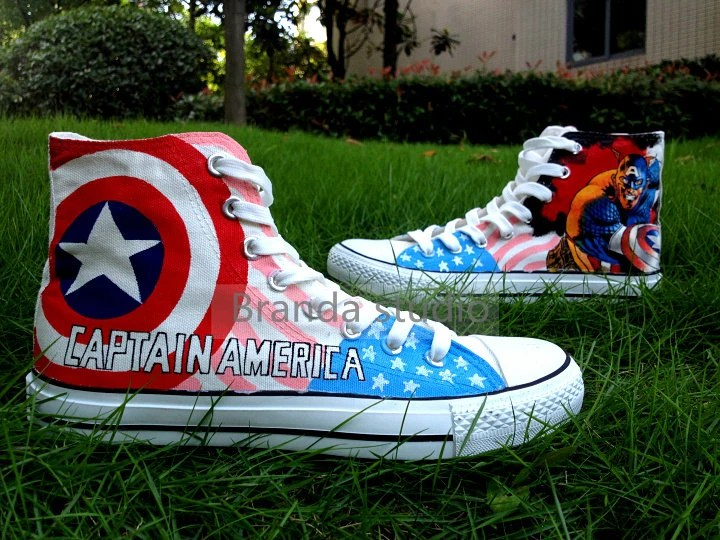Hand Painted Shoes Canvas Shoes-Captain America: The Avenger Themed High Top Casual Shoes