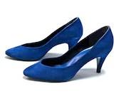 80s Ultramarine Blue Suede  Heels - Size 6  - 37  - BLUE VALENTINE - RubyInTheDustVintage