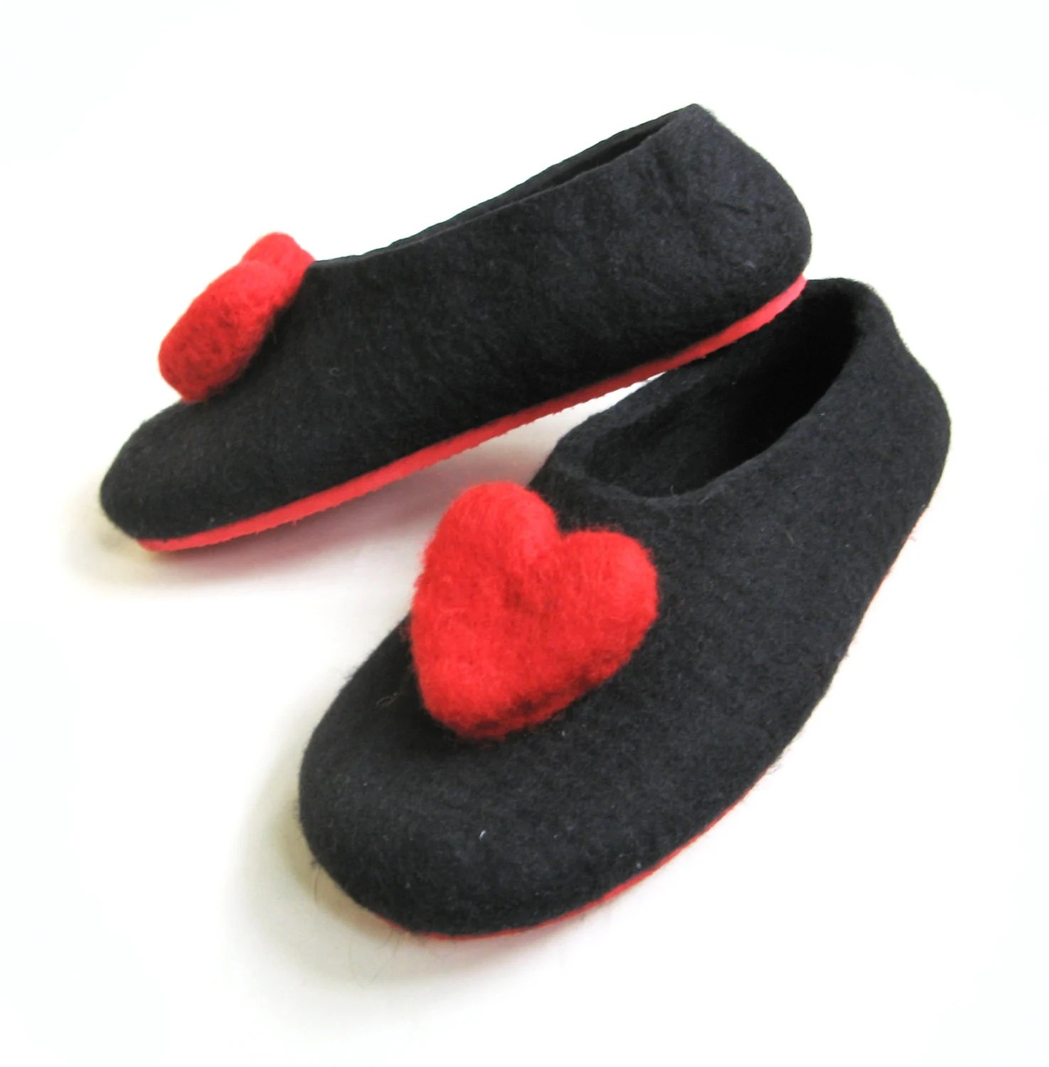 Valentines day Red  Color Sole Felted Wool Slipper Black with Red heart. Womens - WoolWalkerShop