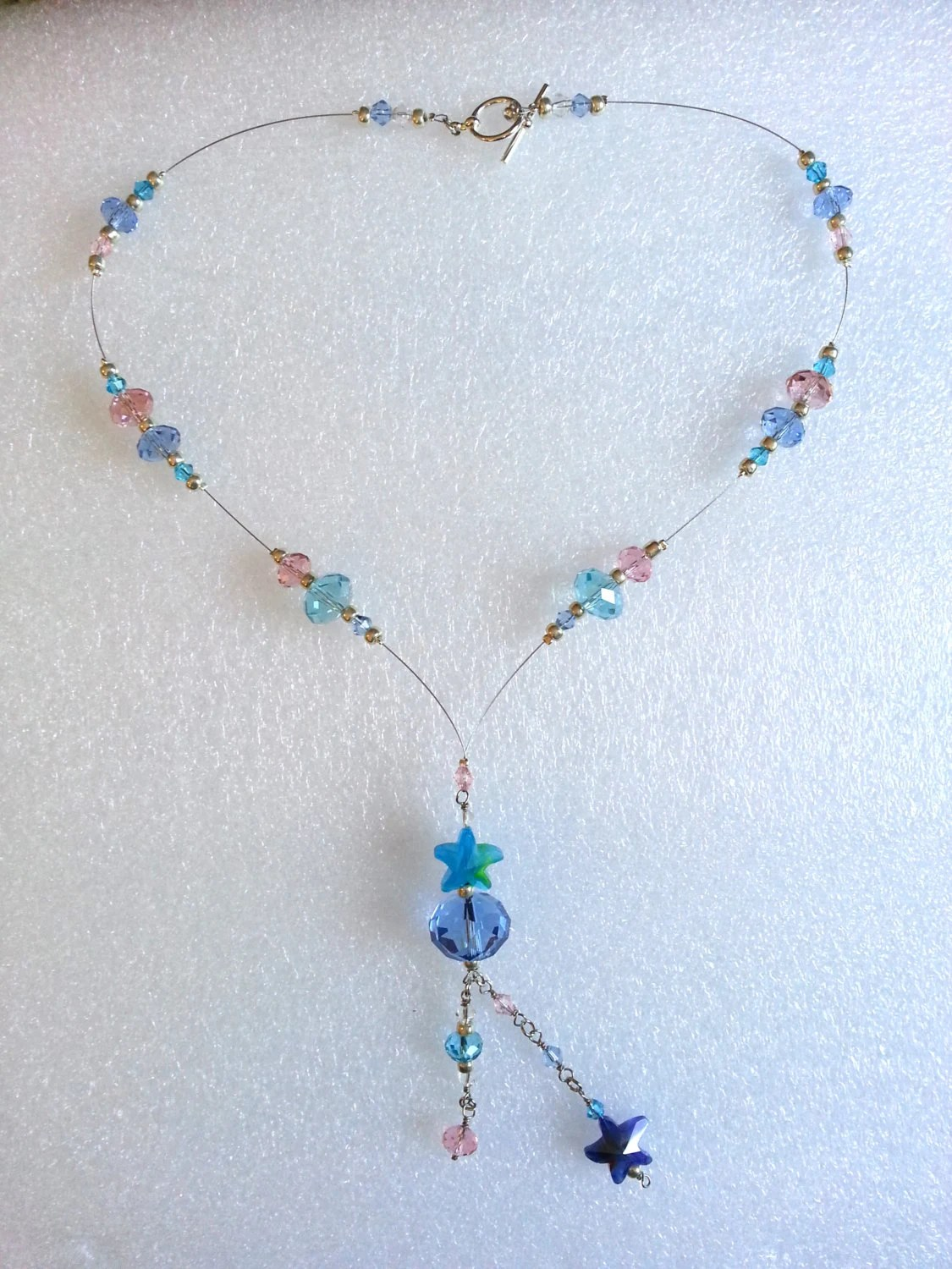 Swinging Star Beaded Wire Necklace, handmade