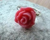 ring pink rose -- Sweet dark pink english rose sterling silver adjustable ring