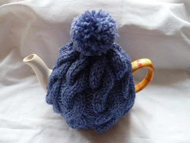 tea cosy cosie cozys blue cable wool uk seller