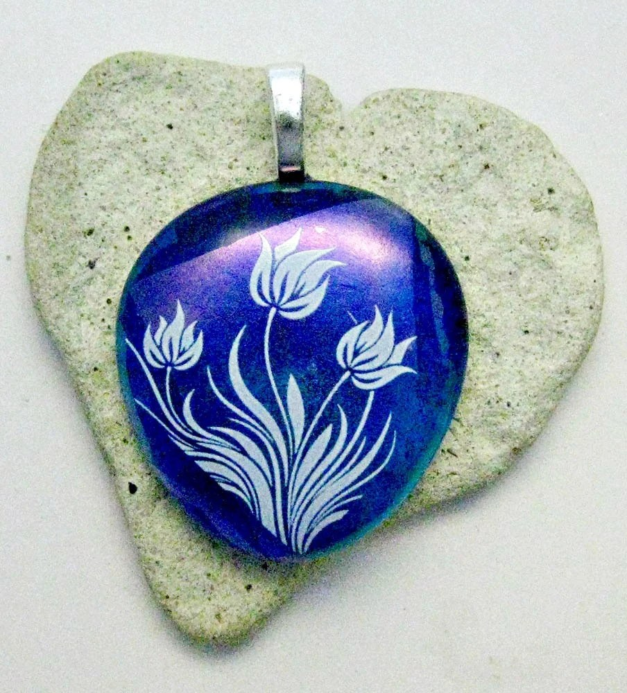 Fused Dichroic Glass White Flowers Pendant