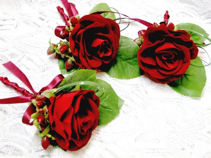 Wedding Boutonnière - Set of 3 Real Touch Red Rose Wedding Boutonnière Groom and Groomsmen Boutonnière Custom Wedding Flowers