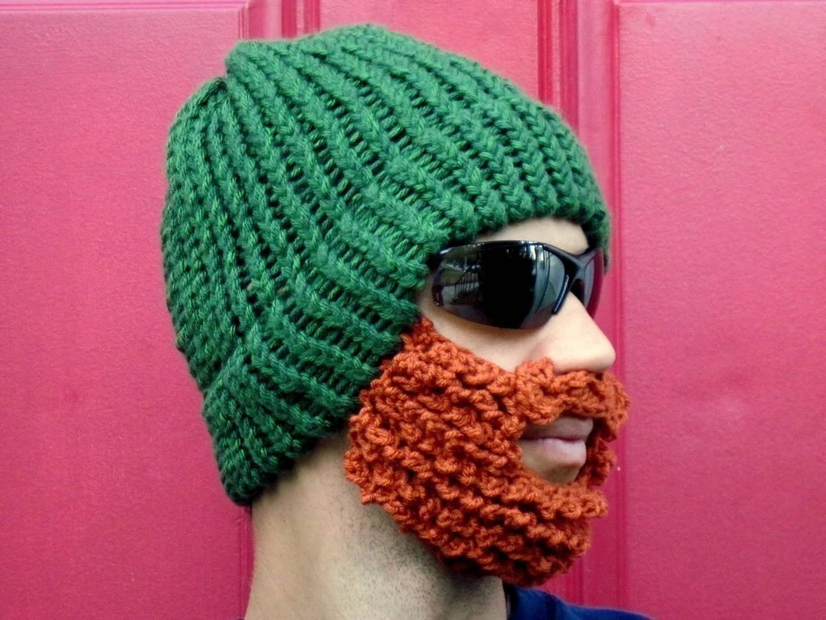 green lumberjack hat for red-heads