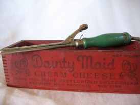 Vintage Green Curling Iron