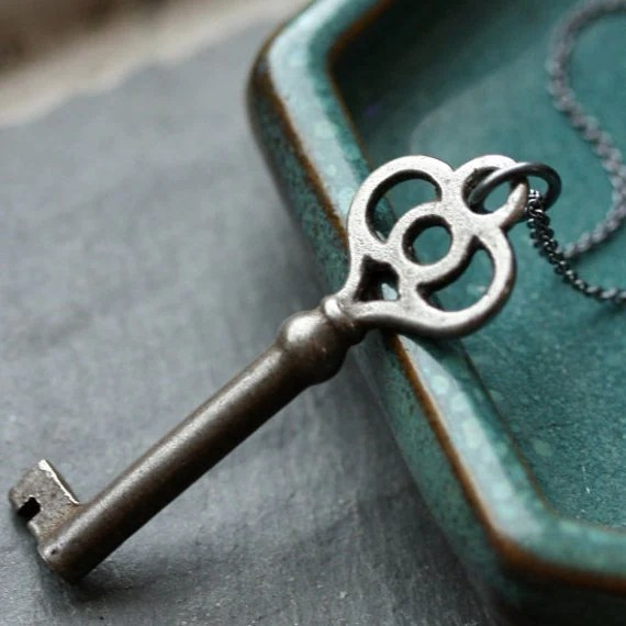 Vintage Skeleton Key Necklace - Key No. 15