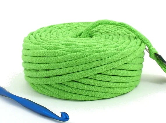 T Shirt Yarn Recycled Green 36 Yards Super Bulky Crafting Cord