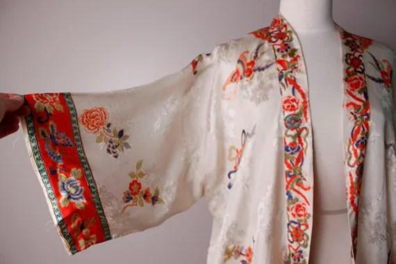 Vintage Japanese Souvenir Kimono Dragon Robe Lingerie