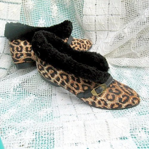 sixties vintage slippers booties shoes leopard spots