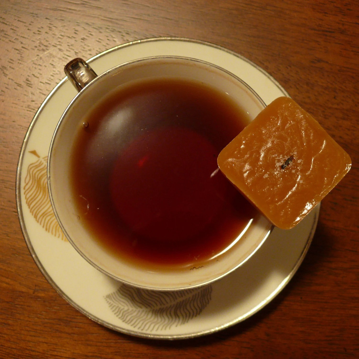 Earl Grey - Almond salted caramels 1lb