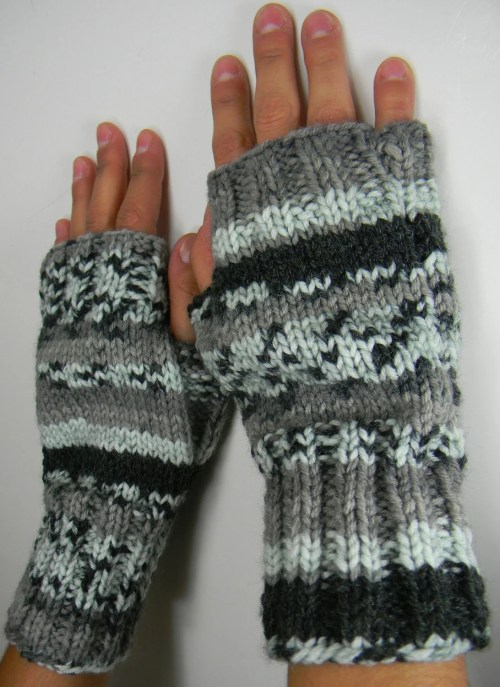 2 needle fingerless gloves