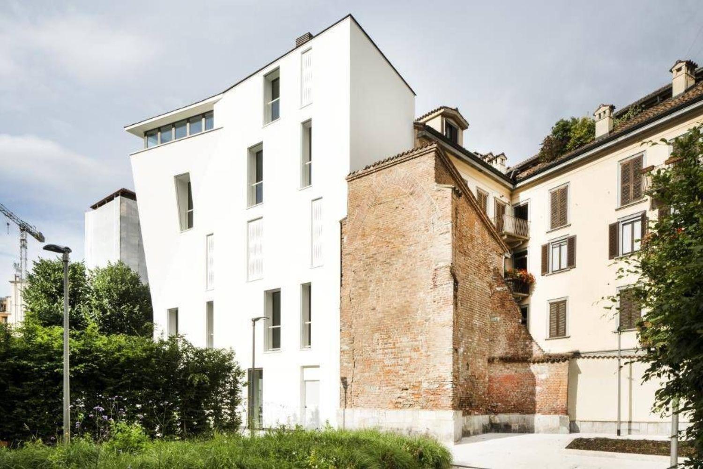 Appartamento In Vendita In Via Gorani 4 Zona Santambrogio