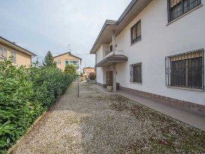 Appartamenti E Case In Vendita Via Galliera Bologna A