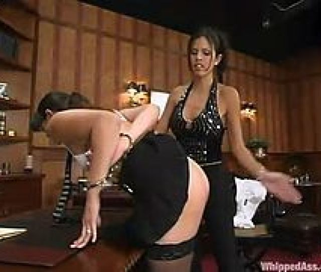 Sexy And Hungry Boss Will Fuck Her Petite Secretary