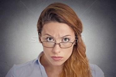 Scepticism supărat indoielnic femeie uita Imagine de stoc © ichiosea