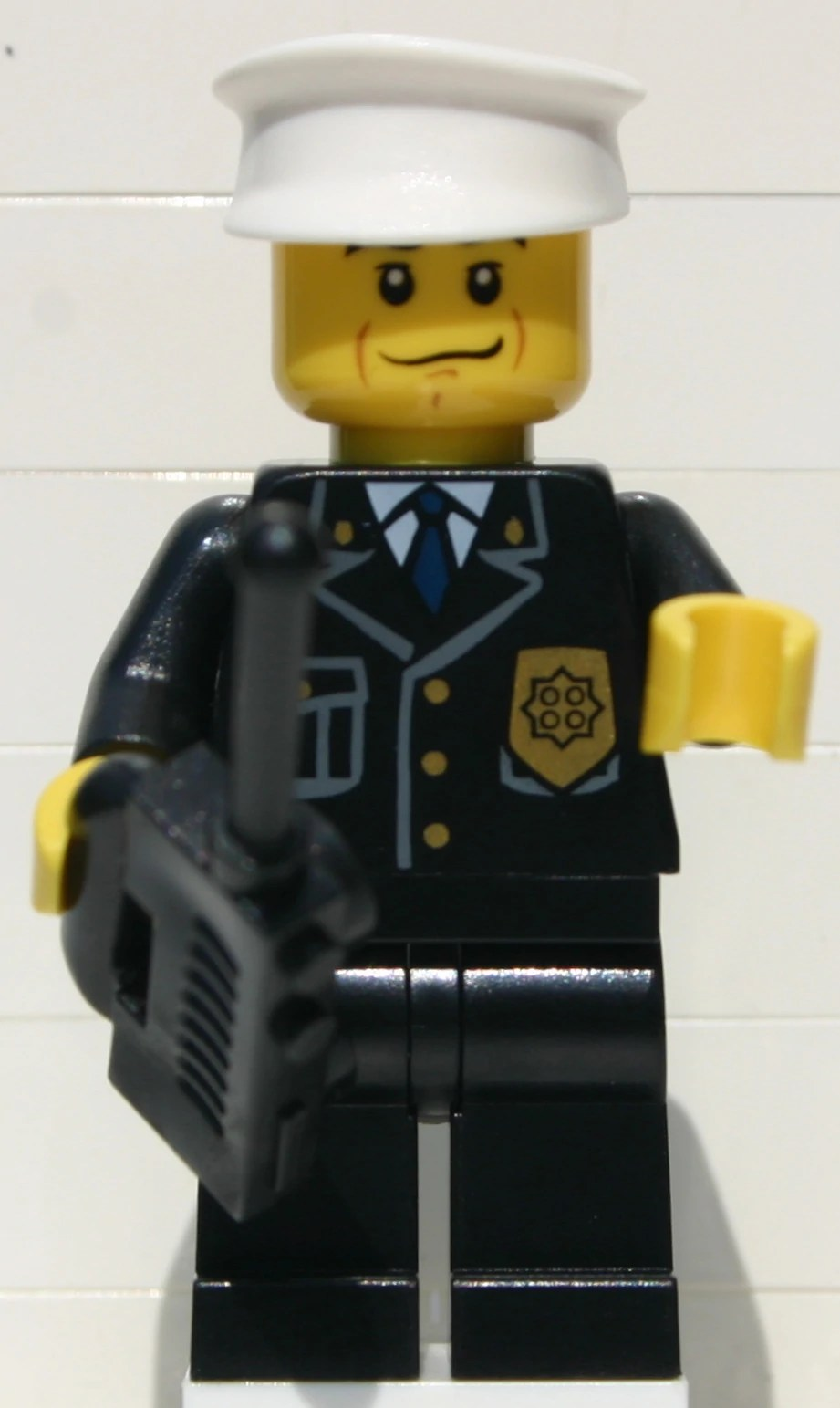 Police Officer Brickipedia The LEGO Wiki