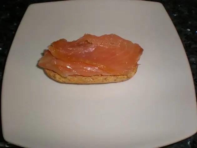 Montaditos de salmón