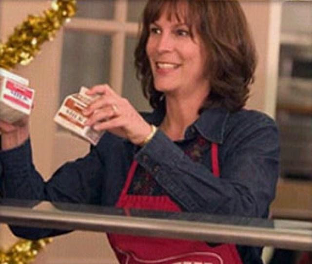 Jamie Lee Curtis Stars As Nora Krank In Christmas With The Kranks Directed By Joe