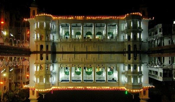 Мечеть Хусейн Далан в Дакке