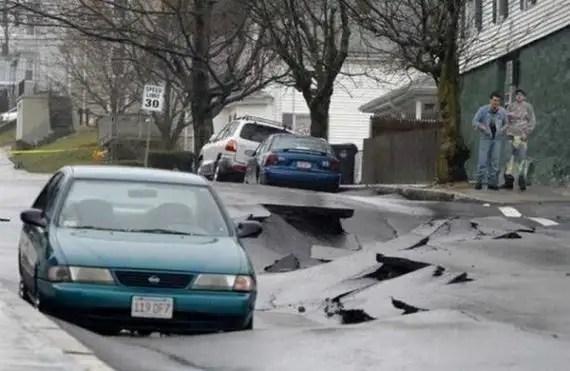 77717382 - Accidentes bizarros de coches