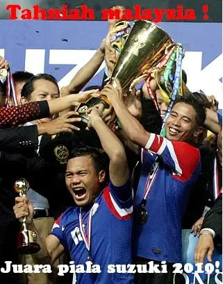 malaysia juara piala suzuki, malaysia julang piala suzuki, safee sali, safiq rahim, pemain malaysia , perlawanan piala suzuki aff 2010, jumlah penonton piala suzuki, gambar kemenangan malaysia piala suzuki, julang trofi, malaysia julang trofi piala suzuki 2010