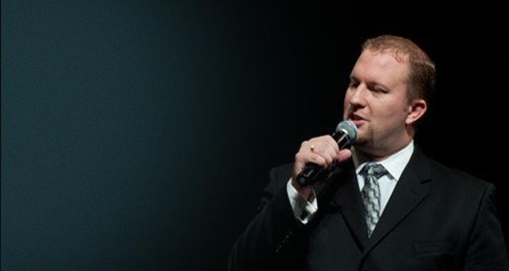 Pastor Dave Hunter