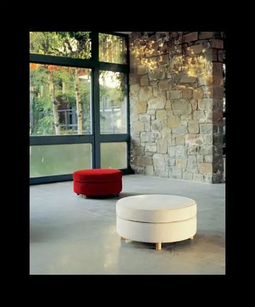 Santa & Cole, iluminación y mobiliario