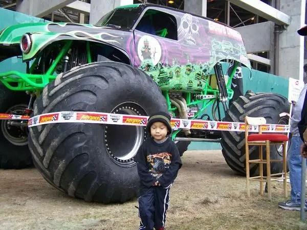 monstertrucks02 - Moster Trucks