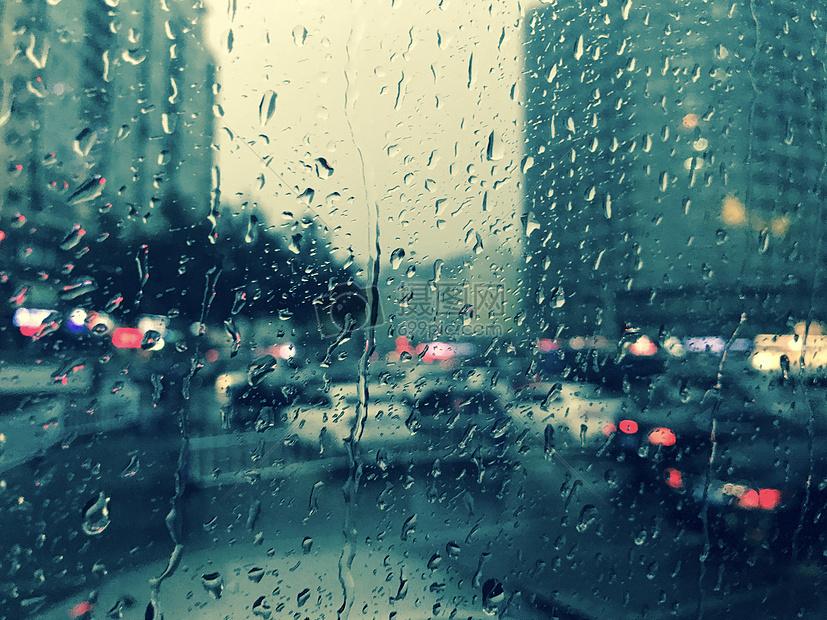 雨天街市高清圖片下載-正版圖片500540427-攝圖網