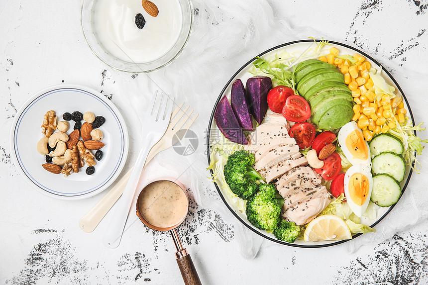 減脂餐蔬菜牛油果沙拉高清圖片下載-正版圖片500838998-攝圖網