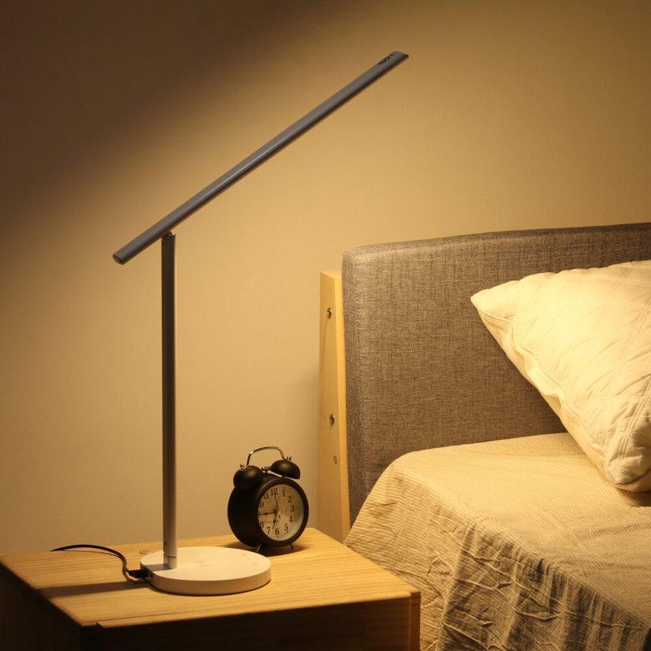 DIGOO DG-TDW Smart LED Table Lamp 5W Phone Wireless Charger APP Control 3 Light Moldes Work with Amazon Alexa Night Light