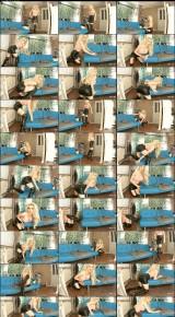Roxy Cox – Chair humping voyeur (ManyVids)