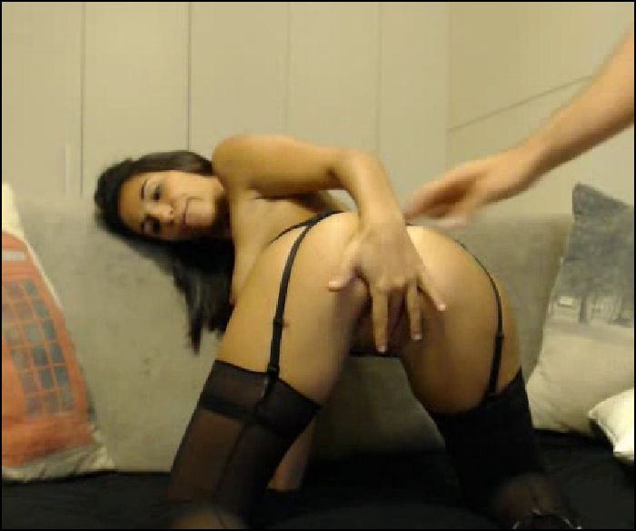 Amateur sexy brunette getting a ass hole fuck with a big cock