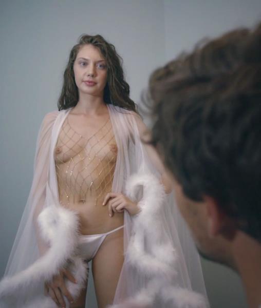 Elena Koshka, Kristen Scott – The Portal (MissaX/2018/1080p)