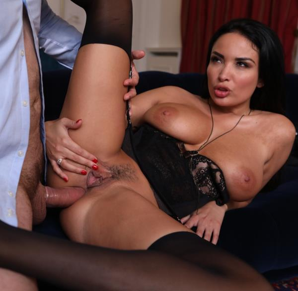 Anissa Kate – Perfect threesome (DorcelClub.com/2019/FullHD)