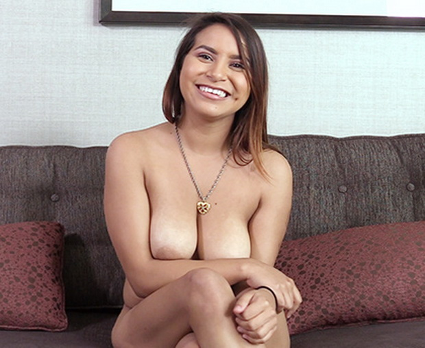 Sarah – Backroom Casting Couch (BackroomCastingCouch.com/2019/SD)