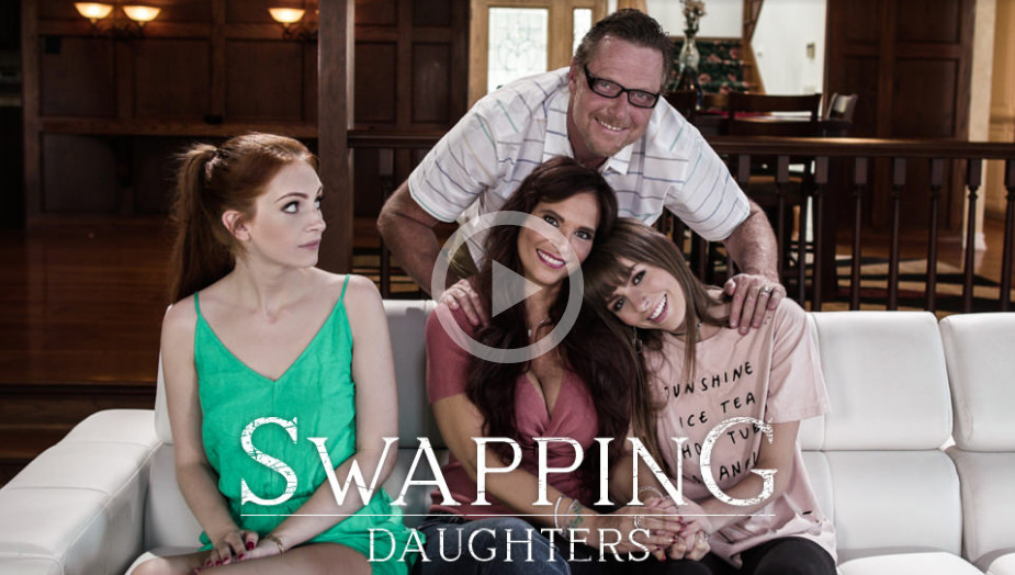 Alex Blake, Syren De Mer – Swapping Daughters (PureTaboo/2019/1080p)