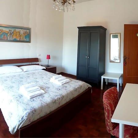 Hotel Bb Il Borgo Di Osimo Osimo Trivagocom